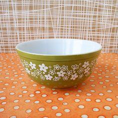 Spring Blossom Pyrex mixing bowl
