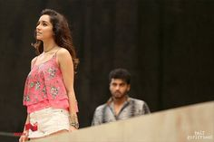 Half Girlfriend Stills - Pictures Arjun Kapoor, Shraddha Kapoor, Half Girlfriend Movie, Mohit Suri, Still Picture, Hindi Movies, Girlfriends, Bollywood, Camisole Top