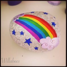 Rainbow painted pebble ©Willabees