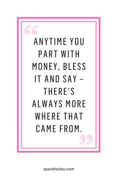 How to change the money mindsets that keep you broke. #LawofAttraction #AbundanceMindset #Abundance #ChangeYourMindset #MarieForleo #MoneyMindset #Wealth #BusinessAdvice #SmallBusiness #Success