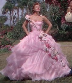 """Esther Williams - """"Easy to love"""" - Costume designer : Helen Rose Helen Rose, Famous Wedding Dresses, White Wedding Dresses, Grace Kelly, Rose Costume, Old Hollywood Glamour, Hollywood Fashion, Fairytale Gown, Esther Williams"""
