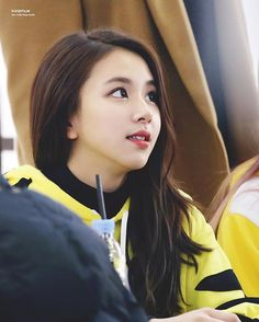 [161204 여의도 팬사인회] Spamming alert #chaeyoung #채영 #twice #트와이스 #PrettyRapstarChaeyoung