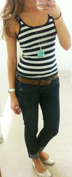 Cute Outfit Ideas of the Week – Simple outfit but so cute. A striped tank, skinny jeans, belt and flats. Plus jewelry!