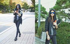 全智賢 開工路時尚,黑色休閒裝+手袋「去見金秀賢的路上」 | 【韓流瘋】全智賢拍時尚包廣告 魅力爆發 - Yahoo 名人娛樂