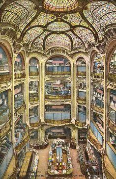 Galeries Lafayette - Paris - second atrium   par Oldimages