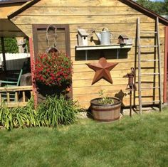 Nice Garden Shed Decor Ideas Old Garden Shedlove All The Prims For Decoration Outdoor - Outside yard decor is decor that a person's next-door neighbors and Rustic Gardens, Outdoor Gardens, Rustic Garden Decor, Outdoor Projects, Garden Projects, Outdoor Ideas, Outdoor Decorations, Garden Decorations, Shed Design