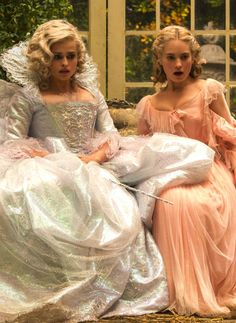 Lily James and Helena Bonham-Carter in Cinderella - 2015 Cinderella Live Action, Cinderella Movie, Cinderella 2015, Cinderella Carriage, Cinderella Dresses, Lily James, Cinderella Aesthetic, Scottish Actors, Have Courage And Be Kind