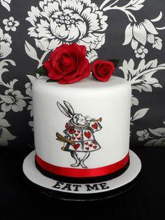 Alice in Wonderland Cake - Immaculate Confections - Cakes by Natalie - Hertfordshire and Essex #weddingcake #aliceinwonderland #whiterabbit