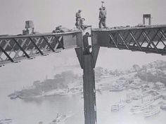 1930 joining the Harbour Bridge arch