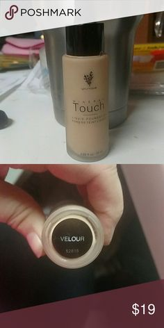 VELOUR YOUNIQUE TOUCH LIQUID FOUNDATION VELOUR YOUNIQUE TOUCH LIQUID FOUNDATION  This was open during shipping. When I opened it a small amount was inside the inner packaging. My guess is that about 3-4 applications spilled. This is new otherwise and offered at a discounted price. Does not include inner packaging. YOUNIQUE Makeup Foundation