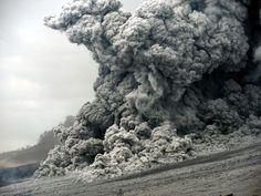 Pyroklastic flow at Sinabung (Sumatra) Sinabung Volcano, Volcano Photos, Pyroclastic Flow, Volcanic Ash, Active Volcano, Canary Islands, Photos Of The Week, Day Tours, Lanzarote