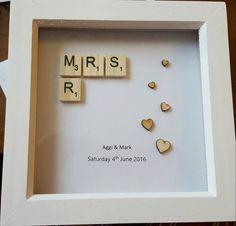 Mr & Mrs Scrabble Frame by pinkumbrellacraftco on Etsy . - Mr & Mrs Scrabble Frame by pinkumbrellacraftco on Etsy - Scrabble Tile Crafts, Scrabble Letters, Wedding Boxes, Diy Wedding, Cricut Wedding, Wedding Tips, Craft Gifts, Diy Gifts, Birthday Gifts