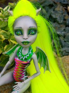 """Eirian"" Custom OOAK monster high Rochelle Goyle doll by @ladyspoonart available at http://ladyspoonart.bigcartel.com/product/eirian"