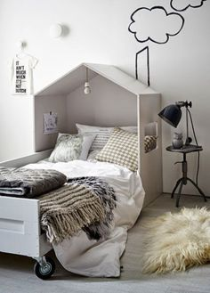 natural colors and materials for child's bed - styling Cleo Scheulderman - photo Alexander van Berge - vtwonen