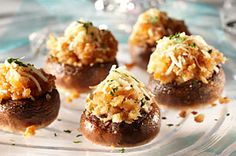 We switched up traditional stuffed mushrooms by adding chicken Marsala to the mix. And it& just as delicious as you& think it would be. Kraft Foods, Kraft Recipes, Sauces, Chicken With Italian Seasoning, How To Cook Mushrooms, Chicken Marsala, Cooking Instructions, Mushroom Recipes, How To Cook Chicken
