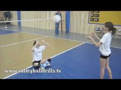Basic Setting in Volleyball fingerslag sittende. Volleyball Drills For Beginners, Volleyball Skills, Volleyball Practice, Volleyball Setter, Volleyball Training, Volleyball Workouts, Coaching Volleyball, Beach Volleyball, Volleyball Pictures