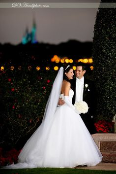 David and Vicki Arndt Photography: Amy & Patrick's Disney Fairy Tale Wedding and Resort Bridal Portrait