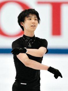 NHK杯に向けて笑顔で調整する羽生結弦