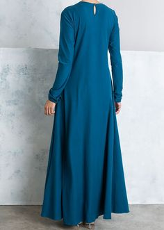 """<p><span style=""""color: #000000;"""">Our signature Mulberry Abaya's are back! A modest fit made from a fluid fabric providing you with ultra movement and a pop of colour this season. For a looser fit opt for one size bigger.</span></p>"""