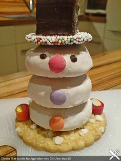 Tischdeko weihnachten basteln mit kindern  Schneemänner | Weihnachten, Backen und Weihnachtsbäckerei
