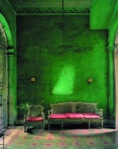 green room with purple sofa
