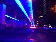 上海の高架下道路