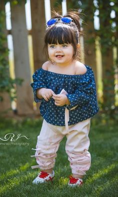 Read personagem from the story Luanna by with reads. Cute Baby Boy Photos, Cute Baby Couple, Cute Little Baby Girl, Cute Kids Pics, Cute Little Girls Outfits, Cute Baby Videos, Cute Girls, Fashion Kids, Baby Girl Fashion
