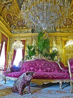 Cochon de Wim Delvoye, tapisdermie, salon Napoléon III du Louvre