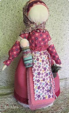 Куклы Шитьё Авторская кукла по мотивам народной тряпичной куклы Берегиня Крупеничка Ткань фото 9