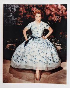 Deborah Kerr Beautiful 8 x 10 Glossy Color Photograph of | Etsy Deborah Kerr, An Affair To Remember, British Actresses, Vintage Frames, Vintage Items, Lace Collar, Golden Age Of Hollywood, Studio Portraits, 1950s Fashion