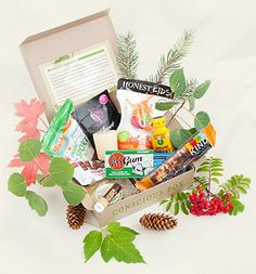 Conscious Box | Give the Gift of Discovery through ethical, green samples