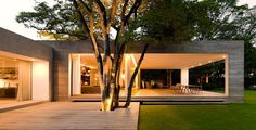 the-grecia-house-by-isay-weinfeld-01