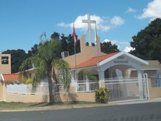 """Capilla San Fransisco"" this church is situated in the sector "" Navarro"""