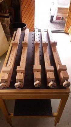 Woodworking Tools 842102830297206083 - Assemblage panneaux bois Source by Woodworking With Resin, Cool Woodworking Projects, Woodworking Workbench, Woodworking Workshop, Woodworking Techniques, Diy Wood Projects, Woodworking Square, Workbench Plans, Woodworking Furniture