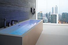 Whirlpool Badewanne Design Idee Wellness Bereich