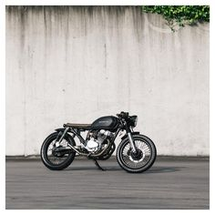 Take a look at several of my most desired builds - unique scrambler concepts like this Cb550 Cafe Racer, Cafe Racer Honda, Cafe Bike, Cafe Racers, Brat Bike, Moto Bike, Cafe Racer Motorcycle, Custom Cafe Racer, Cafe Racer Build
