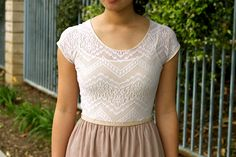 Chiffon and lace dress tutorial. This looks gorgeous and comfy!