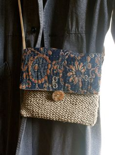katazome/ small bag hand sewn and knitted  in antique Japanese Japanese Cotton, Japanese Bags, Little Bag, Embroidery Scissors, Embroidery Kits, Embroidery Stitches, Handmade Bags, Hand Sewn, Recycled Fabric