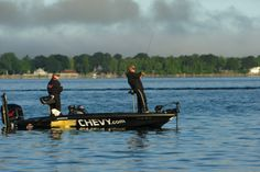 Find the entire Lake Champlain bass fishing tournament schedule on:  www.goadirondack.com/bass