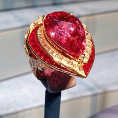 Van Cleef & Arpels tourmaline ring