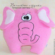 Купить или заказать Подушка-игрушка Розовый слон 36 х 33 см в интернет-магазине на Ярмарке Мастеров. Подушка-игрушка РОЗОВЫЙ СЛОН. Замечательным подарком может стать необычная игрушка-подушка. Такие мягкие игрушки-подушки очень приятны на ощупь. Сделаны они из флиса, наполнены холлофайбером. Подушки-игрушки безопасны для детей. Мягкие игрушки-подушки хороши своей многофункциональностью: с ними можно и поиграть, и под голову положить, и под спину. Нез…