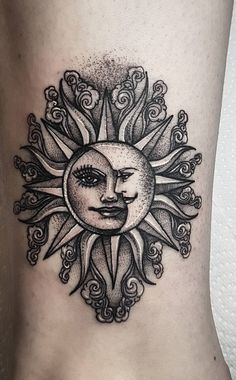 50 Meaningful and Beautiful Sun and Moon Tattoos - creative sun and moon tattoo ideas ☀️ ☀️ You are in the right place about 50 Meaningful and - Kunst Tattoos, Body Art Tattoos, New Tattoos, Tribal Tattoos, Tattoos For Guys, Celtic Tattoos, Geometric Tattoos, Tattoo Drawings, Tatoos