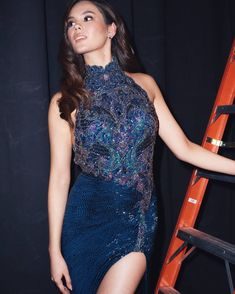 Here, we talking about Miss Universe 2018 - Catriona Gray Biography. People want to know about her height, weight, age, personal life and more. Miss Philippines, Sherri Hill, Body Size, Grey Fashion, Biography, Picture Photo, Bodycon Dress, Guys