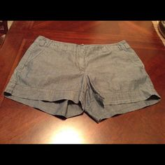 """J-Crew City Fit Shorts J-Crew Shorts are 100% Cotton. City fit Style. These Shorts are Super Comfortable. The color is Blue. Size 6. Laying flat from side to side is """"15. The Length is """"12. This item is in Good condition, Authentic and from a Smoke And Pet free home. All Offers through the offer button ONLY. I Will not negotiate Price in the comment section. Thank You J. Crew Shorts"""