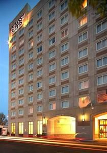Embassy Suites Boston Logan Airport, 207 Porter Street, Boston, Massachusetts United States - Click 'n Book Hotels