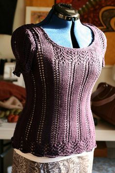Ravelry: abackus' Longer Lace Tee