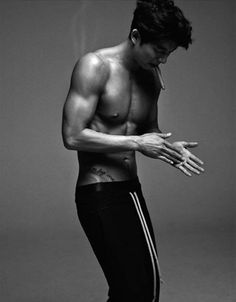 Gong Yoo....what the ---- he so hot