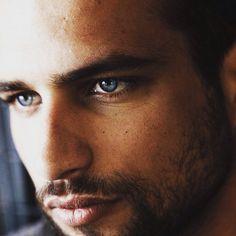 Sexy Jesus Castro! hot, beautiful, gorgeous, blue eyes, hot lips, guapo, chico, precioso, spanish, spain, el principe, paco ben barek, guy, man, boy.
