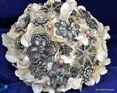 Victorian Brooch Bouquet - Blue Petyl