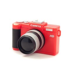 Ventilador con forma de Cámara de Fotos. Ponga su mejor cara, que aunque no vayamos a inmortalizar el momento, seguro que este artículo le va a sacar más de una sonrisa.Características:Ventilador divertido y originalProporciona una agradable brisaFácil funcionamiento: Abrir la cubierta y pulsar el botón de funcionamientoFabricada en colores: Negro, Rojo, Azul o RojoFunciona con conexión USB (Cable incluido) o pilas 2 x AAA (no incluidas)Dimensiones: 9 x 10.5 x 4.5 cm